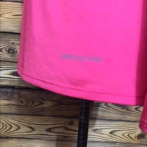 Patagonia Tops - Patagonia Hot Pink Capilene Dry Fit Shirt🎉Small